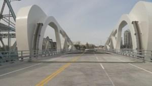Victoria's new Johnson Street bridge opens