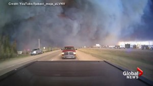 Intense video shows Beacon Hill resident fleeing as Fort McMurray wildfire rages – Part 6