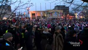 Memorial tribute held for Walk Off The Earth's Mike 'Beard Guy' Taylor brings out hundreds in Burlington (01:55)