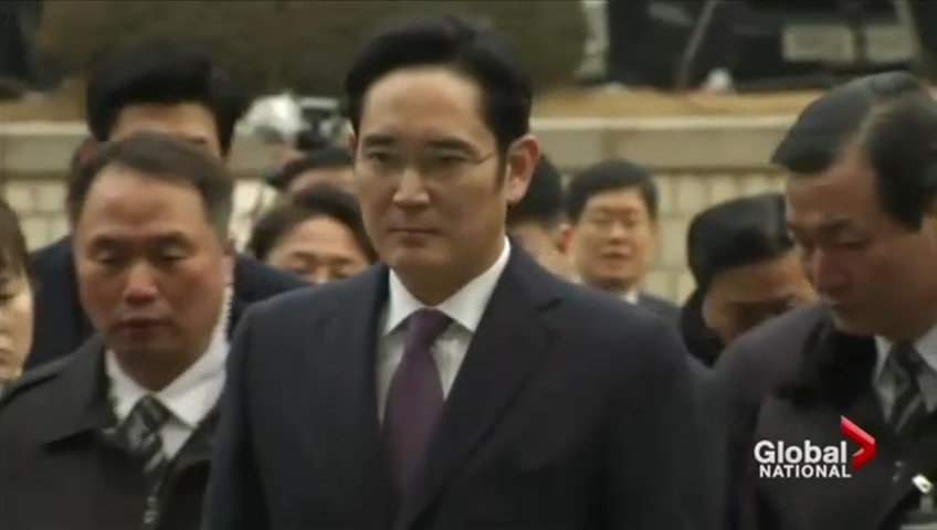 Head of Samsung faces arrest in South Korean president bribery scandal