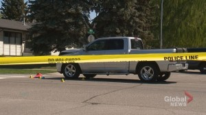 1 killed, 1 in life-threatening condition after pedestrian collision in Calgary