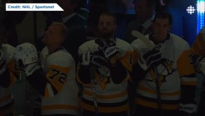 Pittsburgh Penguins, Vancouver Canucks hold moment of silence for synagogue shooting victims