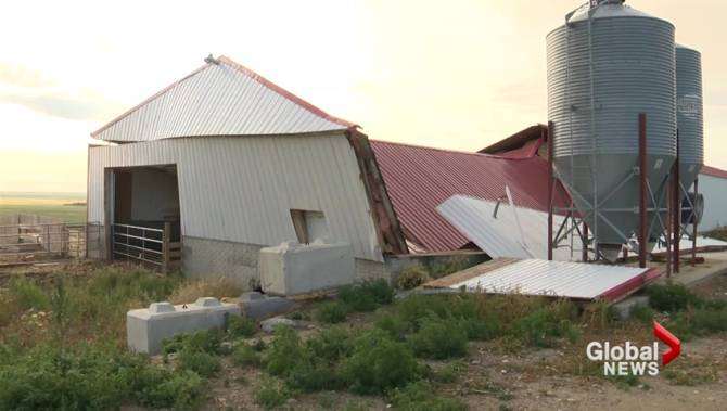 Farmer sees barn destroyed as severe storm hits southern Alberta