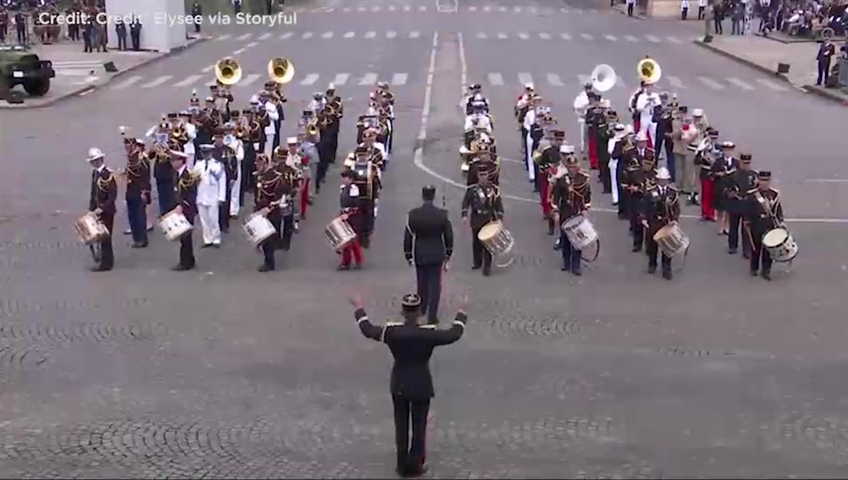 Click to play video 'French marching band celebrates Bastille Day with Daft Punk-inspired medley'