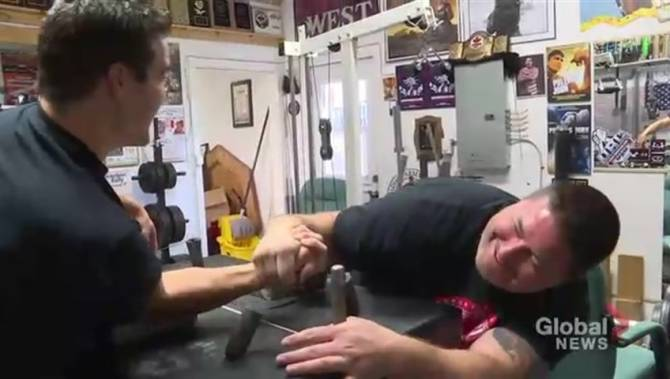 Armed and dangerous: Manitoba arm-wrestler wins gold at World Armwrestling Championship