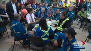 Trudeau TMX 'announcement' in Edmonton more of a campaign stop