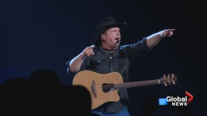 Garth Brooks announces new shows for Calgary, some still out of luck