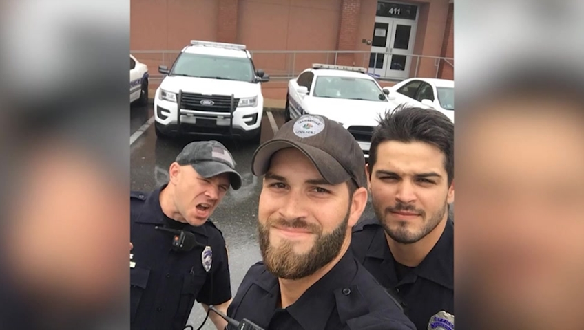 Why Facebook comments on selfie of Florida officers made the chief blush