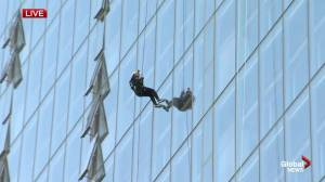 Rappelling down the Manitoba Hydro Building: Drop Zone 2019