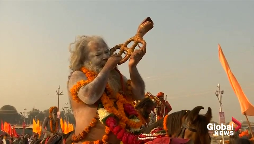 Click to play video: 'India hosts world's largest religious festival'