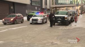 Barack Obama motorcade arrives at Bell MTS Place