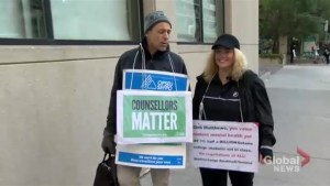 Ontario college faculty strike enters third week