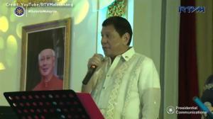 Rodrigo Duterte sings Bette Midler's 'Wind Beneath My Wings' to Malaysian PM