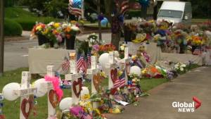 Virginia Beach mourns after deadly mass shooting