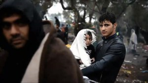Syrian refugees scramble to make it to Europe before winter