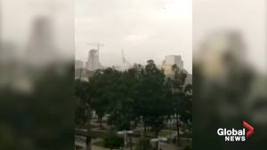 Video captures moment crane collapses in Dallas storm