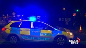 British police detain man with knife outside Buckingham Palace
