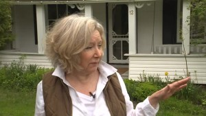 Ontario town residents call for solution as tourist buses crowd roads sitting idle