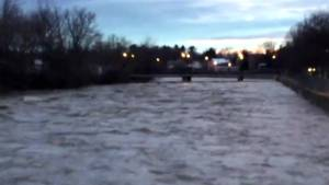Spring melt causing rivers to swell in Victoriaville, Que.