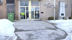 Pierrefonds Legion upset over theft of access ramp