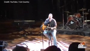 Vince Gill shares personal story of sexual harassment during concert