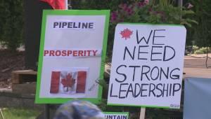 Pro-pipeline rally