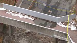 Pedestrian bridge used by elementary school children collapses