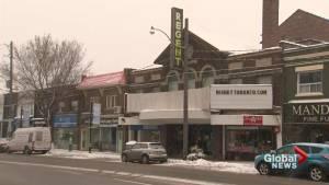A tour of Toronto's oldest movie theatres (02:43)