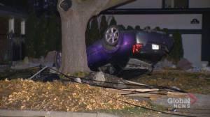Driver flees scene after crash in Etobicoke