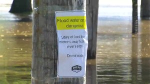 Grand Forks flooding fears rise