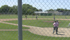 HIGHLIGHTS: Game 1 – Elmwood Giants 10-9 Winnipeg South