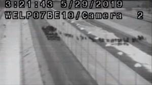 Video shows thousands crossing U.S.-Mexico border illegally before being apprehended