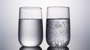Carbonated water vs. regular water: take this quiz to find out what you know