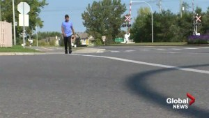 Pierrefonds-Roxboro to add signs after teen hit by car
