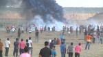 Israeli troops kill 1 Palestinian, wound more than 200 at Gaza border protests