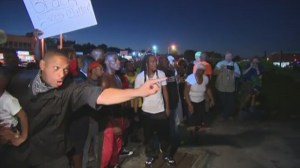 Protests continue in Ferguson for 2nd night in anniversary of Michael Brown's death