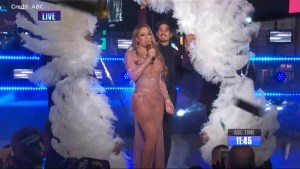 Mariah Carey slips up during New Year's Eve performance in New York