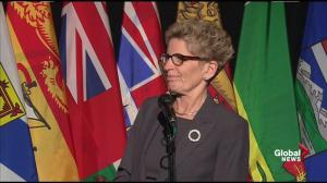 """Wynne says Ontario doing """"what it can"""" to prepare for influx of refugees"""
