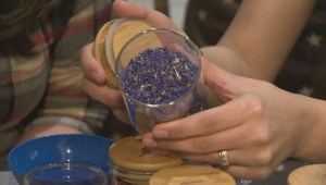 Tea shop helps customers create a special custom tea blend