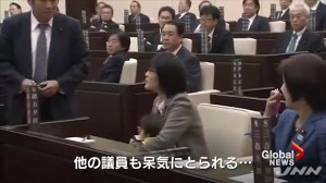 Japanese politician kicked out of meeting for bringing her baby