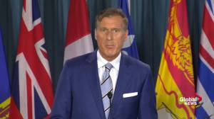 Bernier says Conservatives siding with Trudeau on supply management