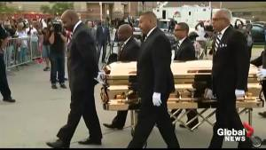 Aretha Franklin's casket arrives at museum in Detroit to lie in repose