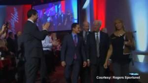 Gordie Howe welcomed at Kinsmen Sports gala