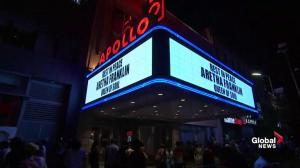 Aretha Franklin dead: Apollo Theatre honours Queen of Soul