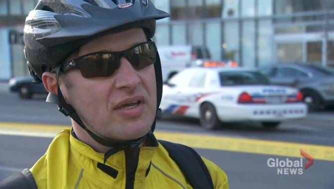 How Toronto police officers are trained to 'de-escalate