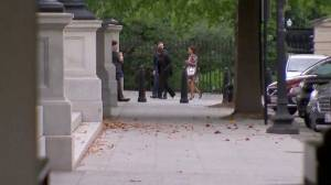 Kim Kardashian arrives at White House for meeting with senior officials