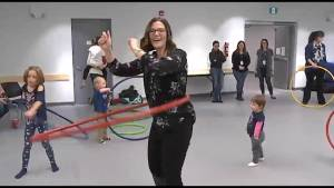 We get a hula hooping lesson on CHEX Daily