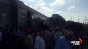 Dozens killed in Egypt passenger train collision (00:46)