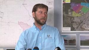 Mackenzie County reeve speaks about Alberta wildfire (01:05)