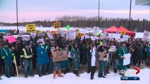 Drayton Valley rally supports oil and gas industry